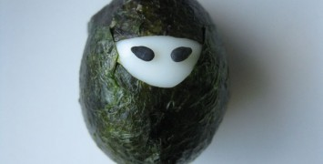 Nutrition Tip Westboro: Egg Ninja in sea weed.